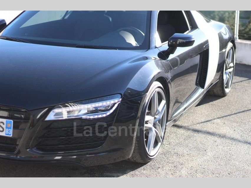 Audi R8 (2) COUPE 4.2 V8 FSI 430 S TRONIC 7 Noir - 15