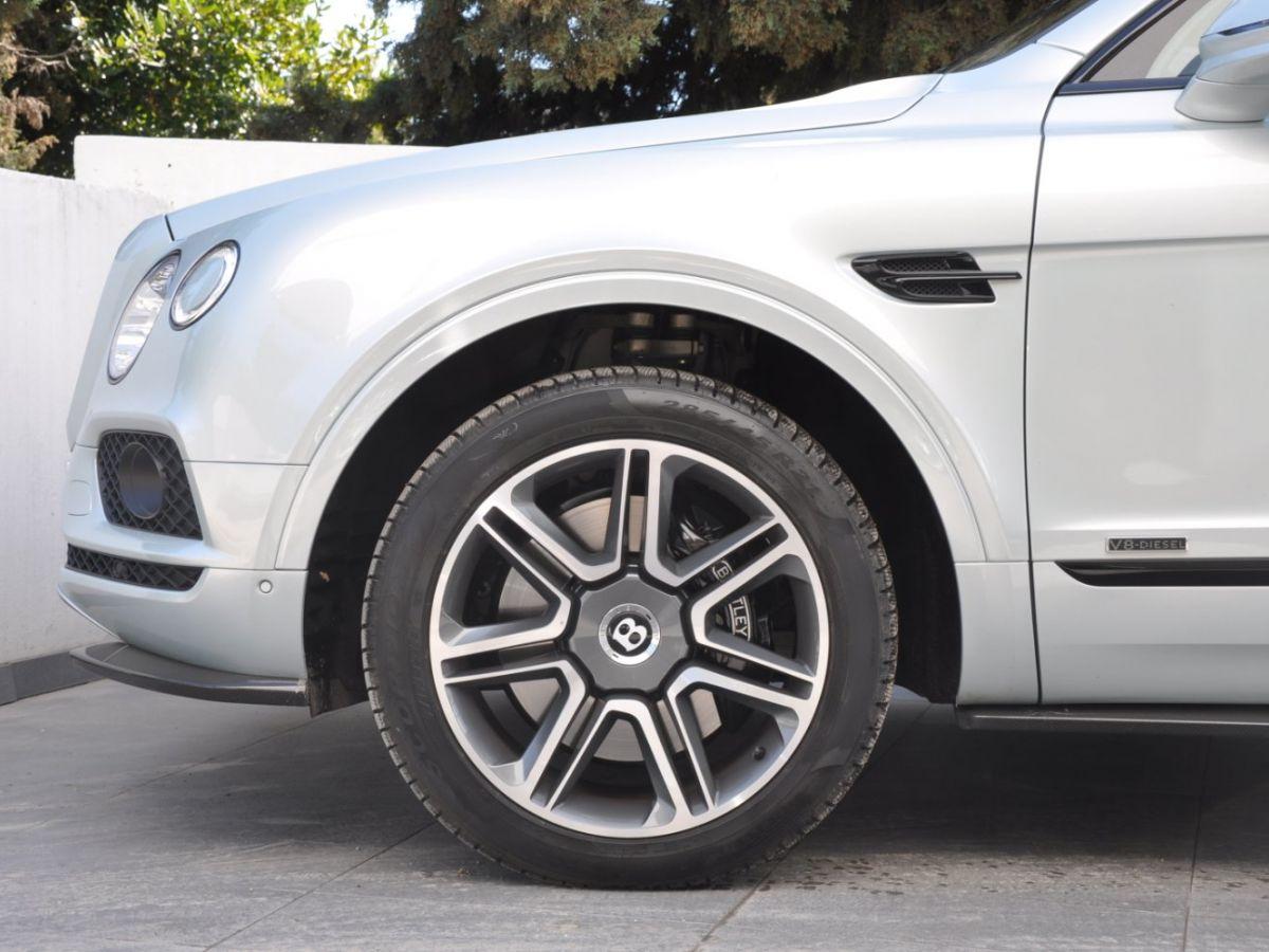 Bentley Bentayga V8 4.0 435ch Gris Clair - 13