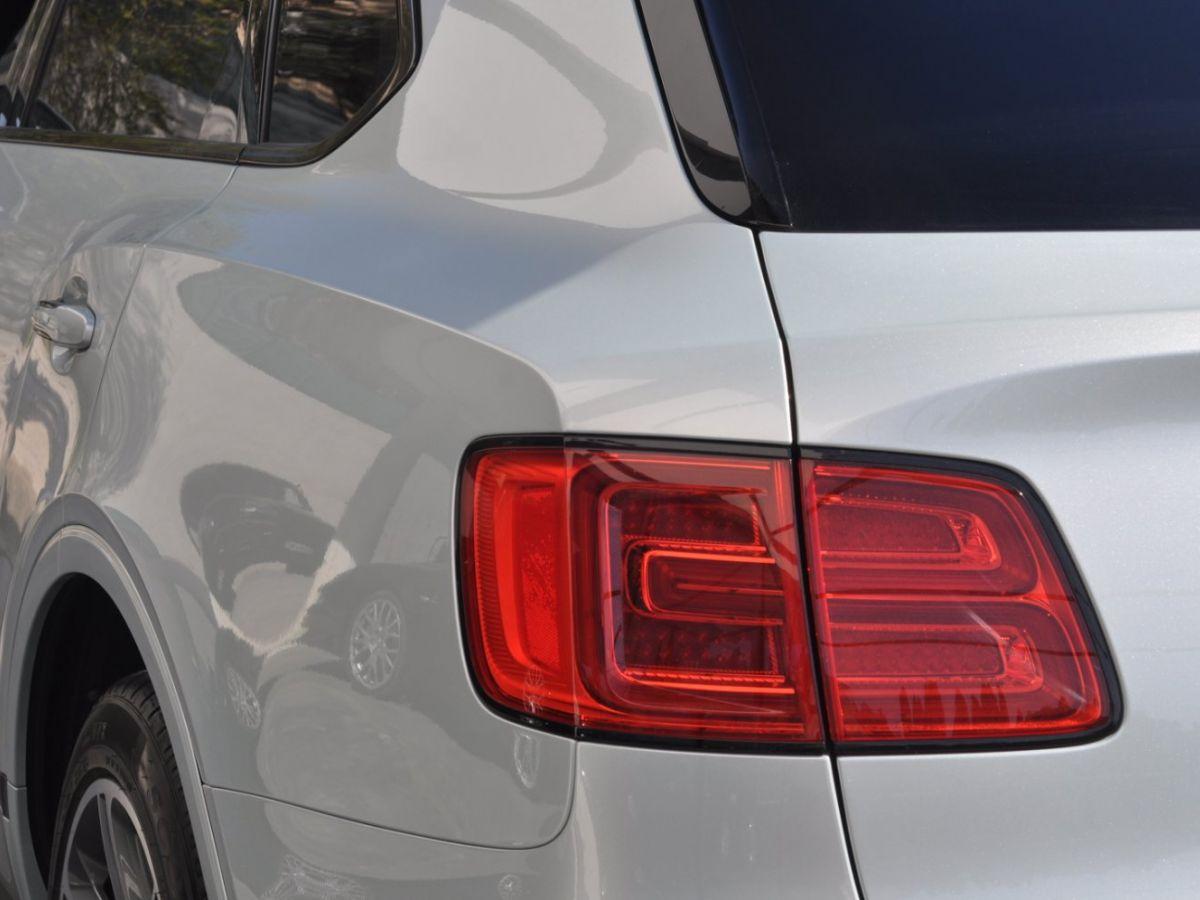 Bentley Bentayga V8 4.0 435ch Gris Clair - 16