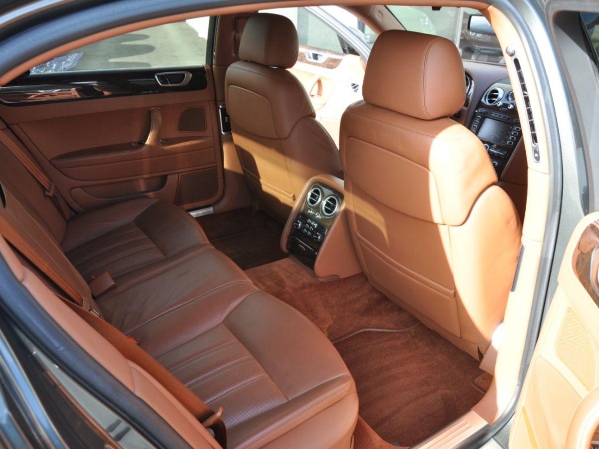 Bentley Continental Flying Spur 6.0 W12 Vert - 11