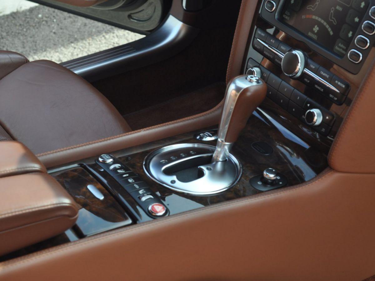 Bentley Continental Flying Spur 6.0 W12 Vert - 27