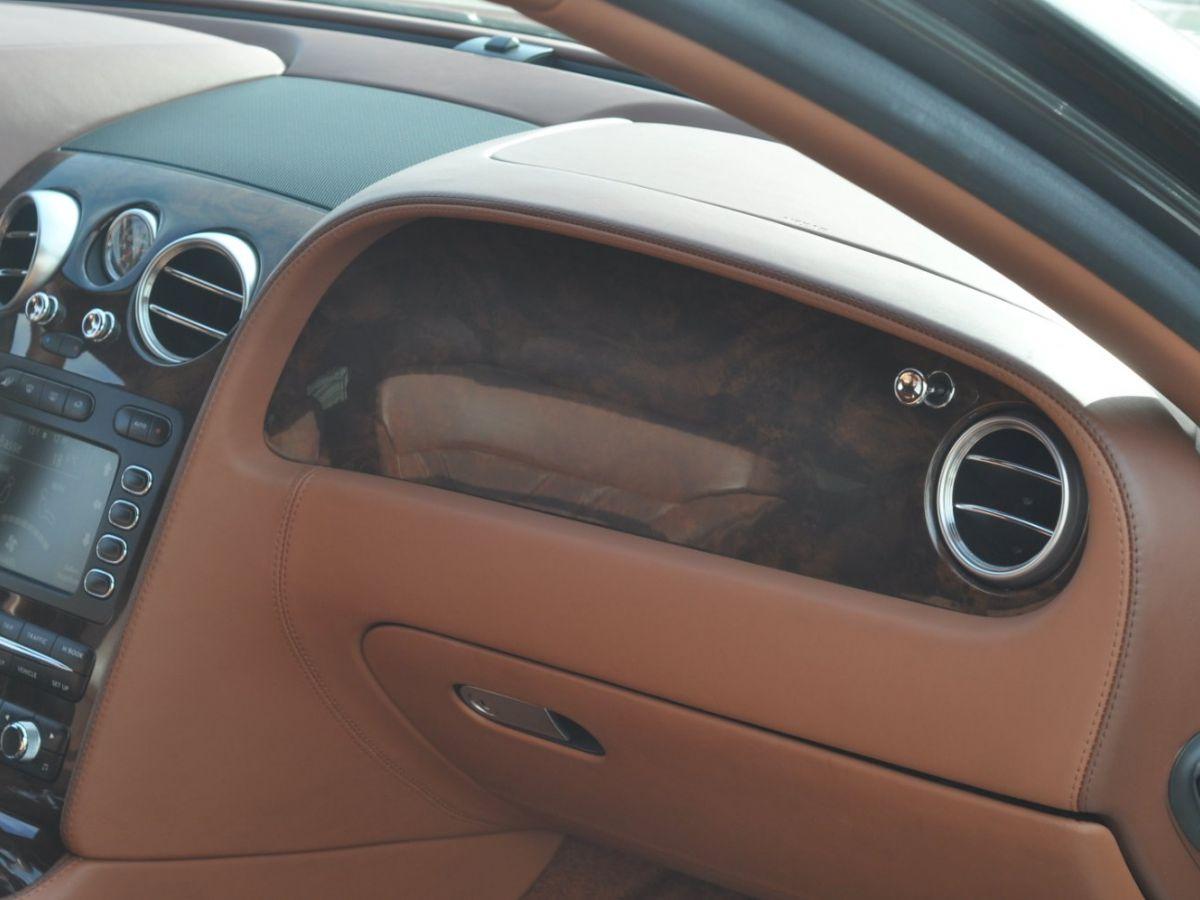 Bentley Continental Flying Spur 6.0 W12 Vert - 28
