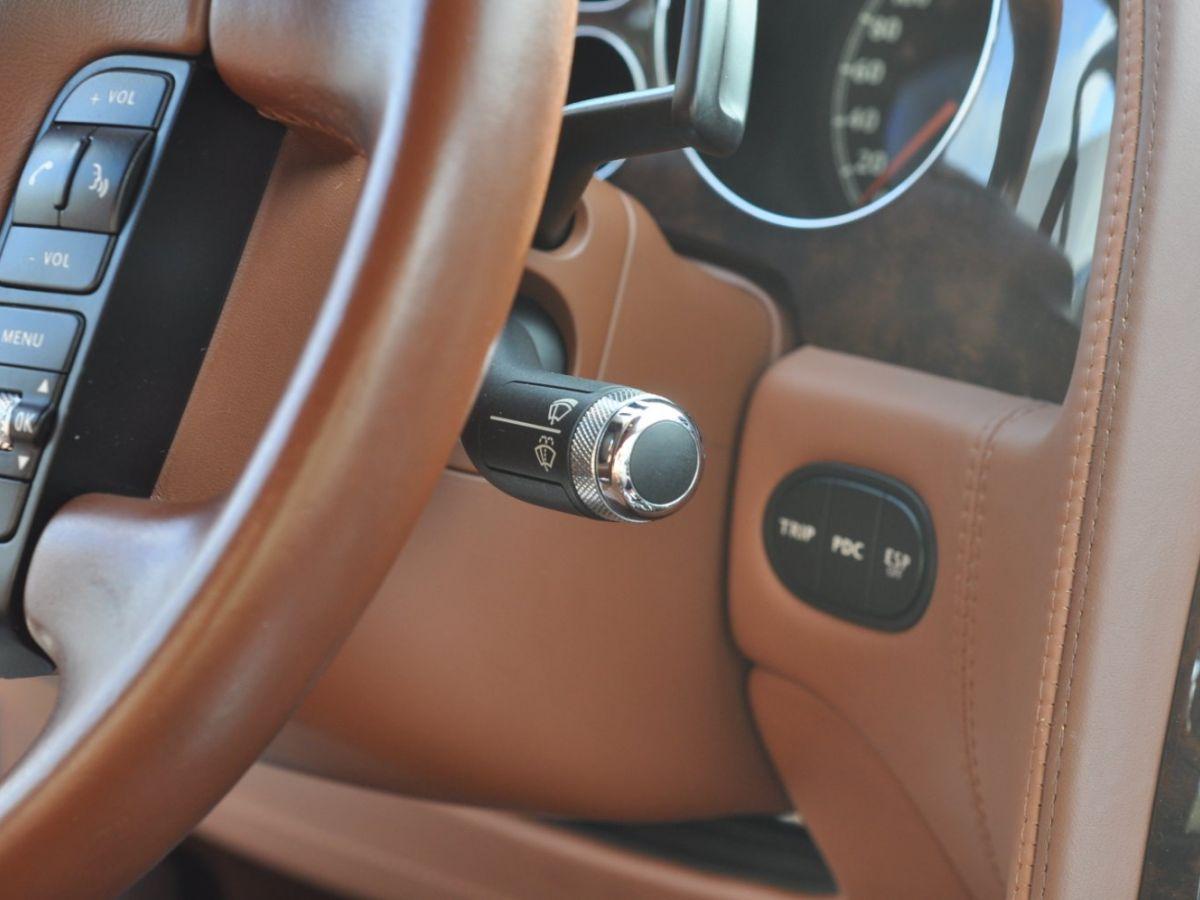 Bentley Continental Flying Spur 6.0 W12 Vert - 31