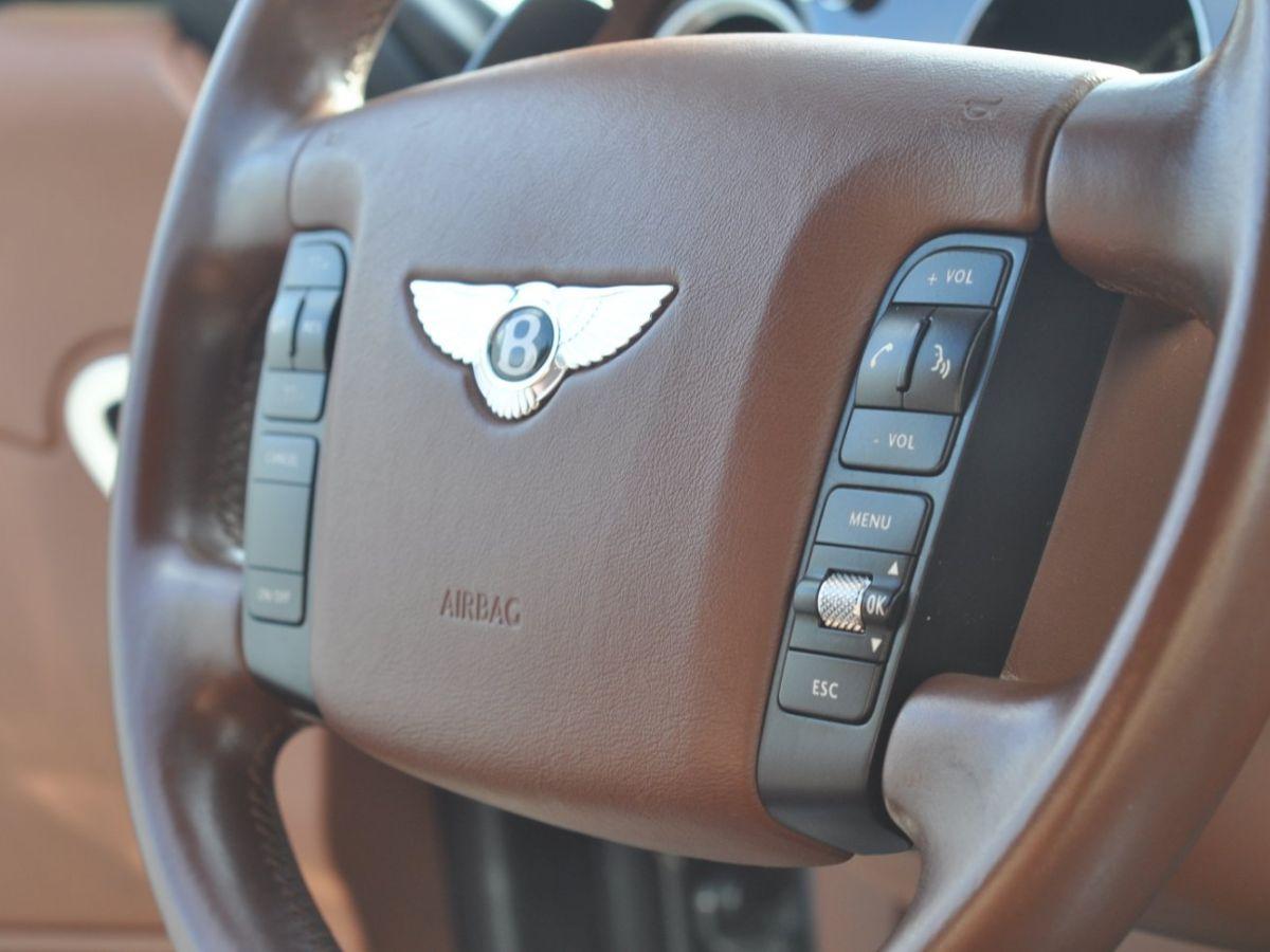 Bentley Continental Flying Spur 6.0 W12 Vert - 32