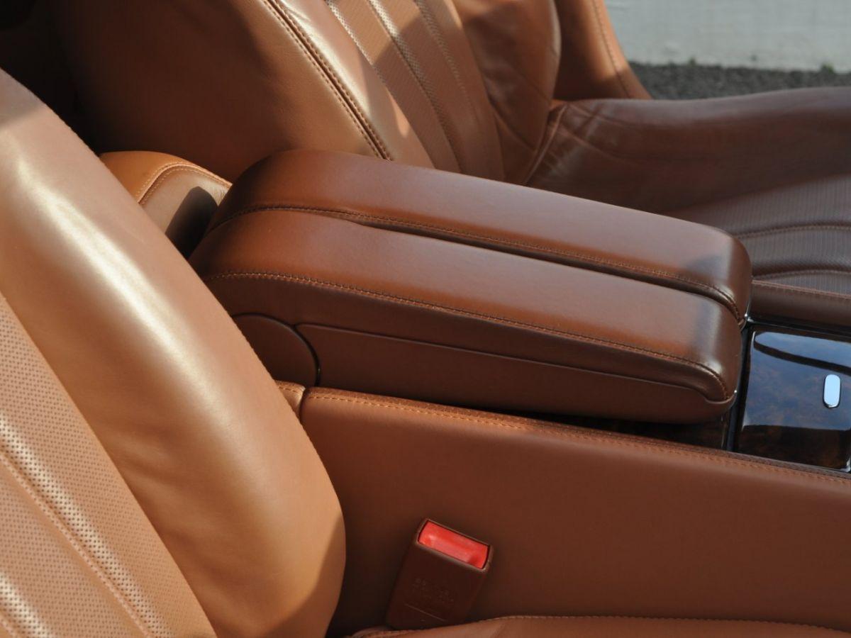 Bentley Continental Flying Spur 6.0 W12 Vert - 35