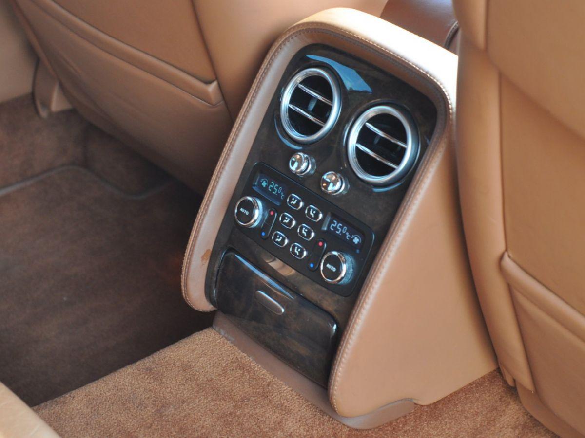 Bentley Continental Flying Spur 6.0 W12 Vert - 36