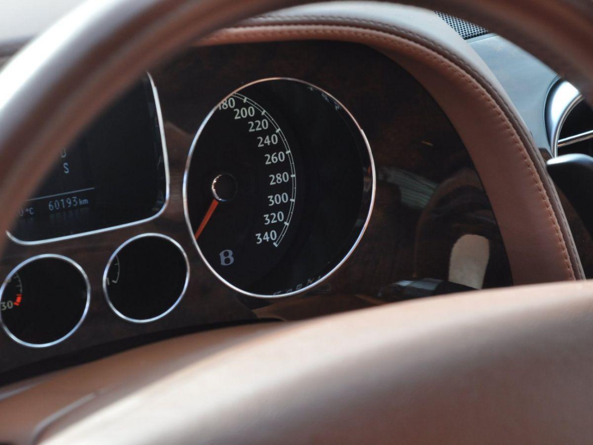 Bentley Continental Flying Spur 6.0 W12 Vert - 42