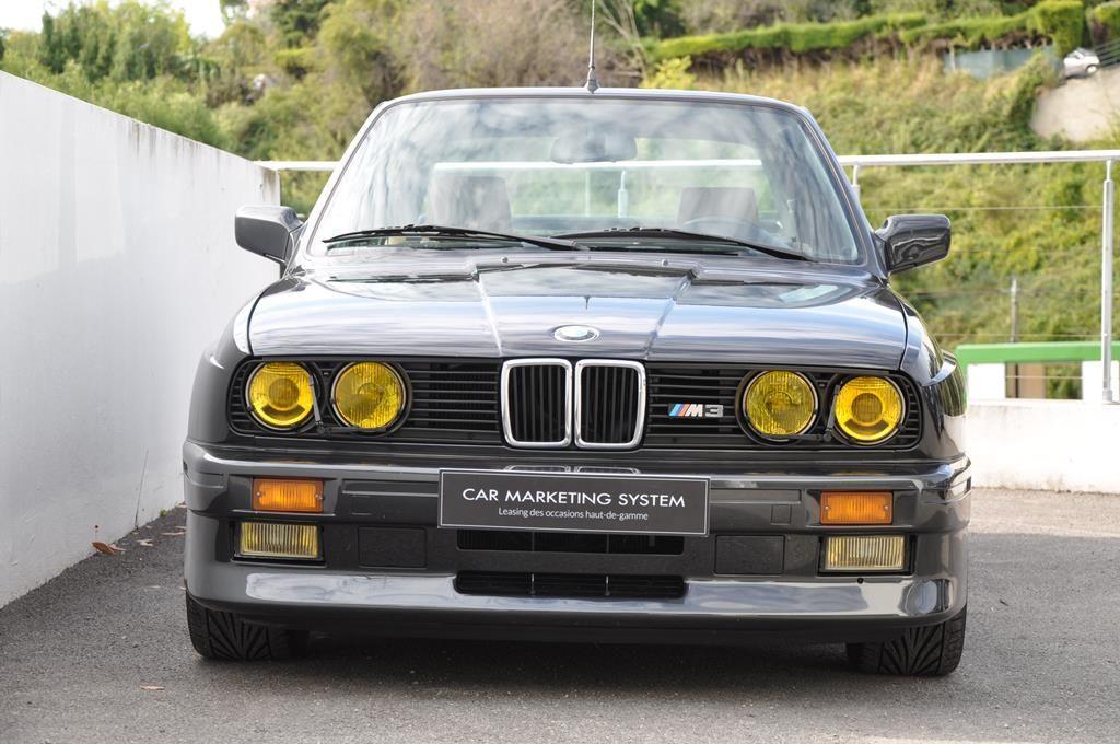 BMW M3 E30 Coupe Diamantschwarz Metallic - 4