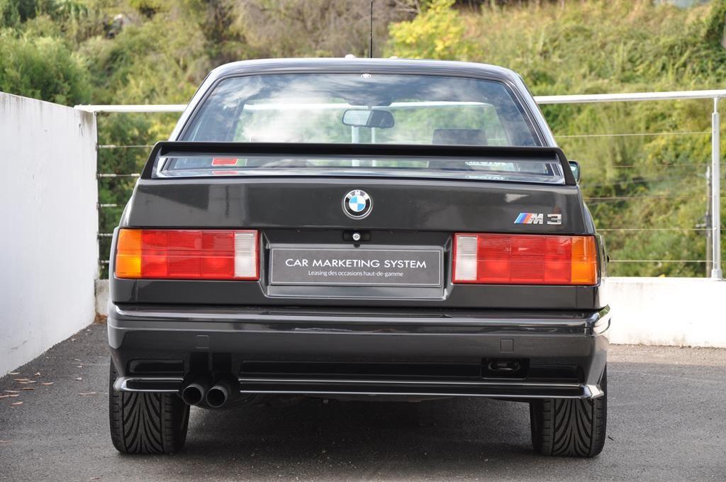 BMW M3 E30 Coupe Diamantschwarz Metallic - 6