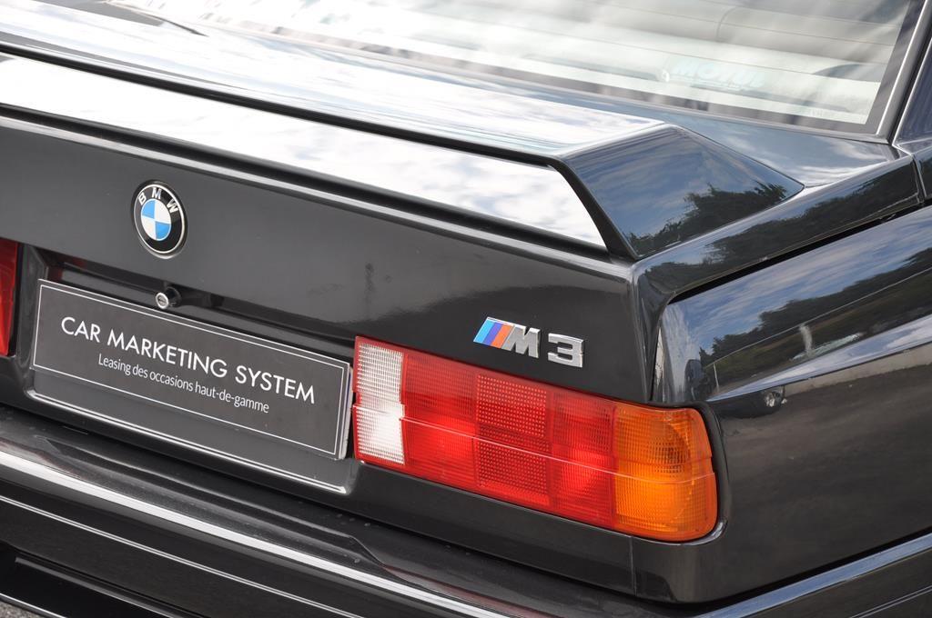 BMW M3 E30 Coupe Diamantschwarz Metallic - 8
