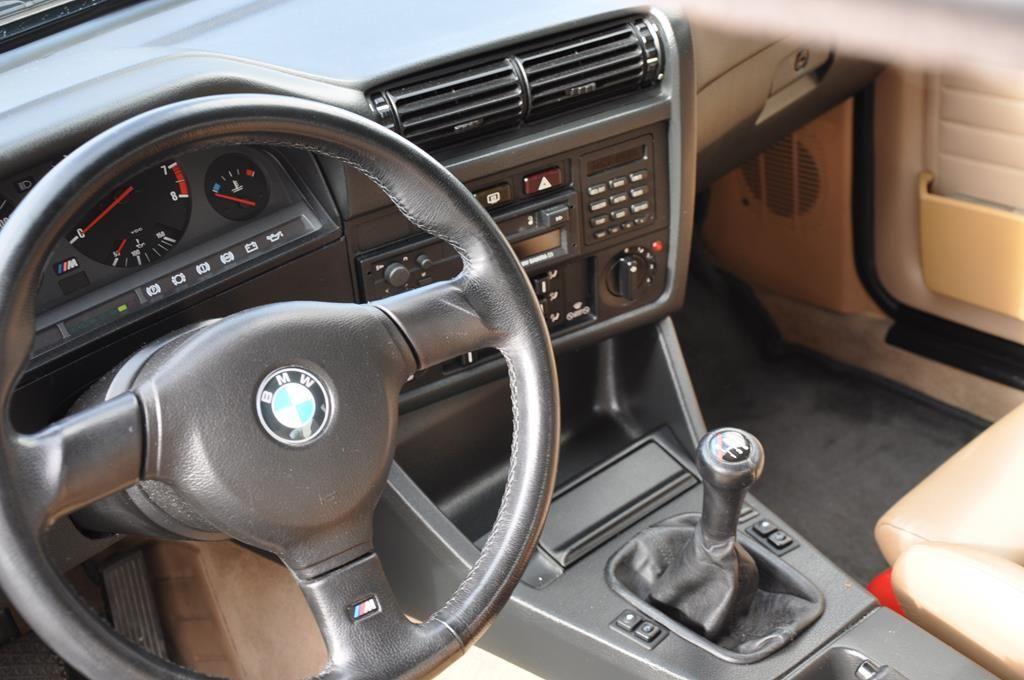 BMW M3 E30 Coupe Diamantschwarz Metallic - 13