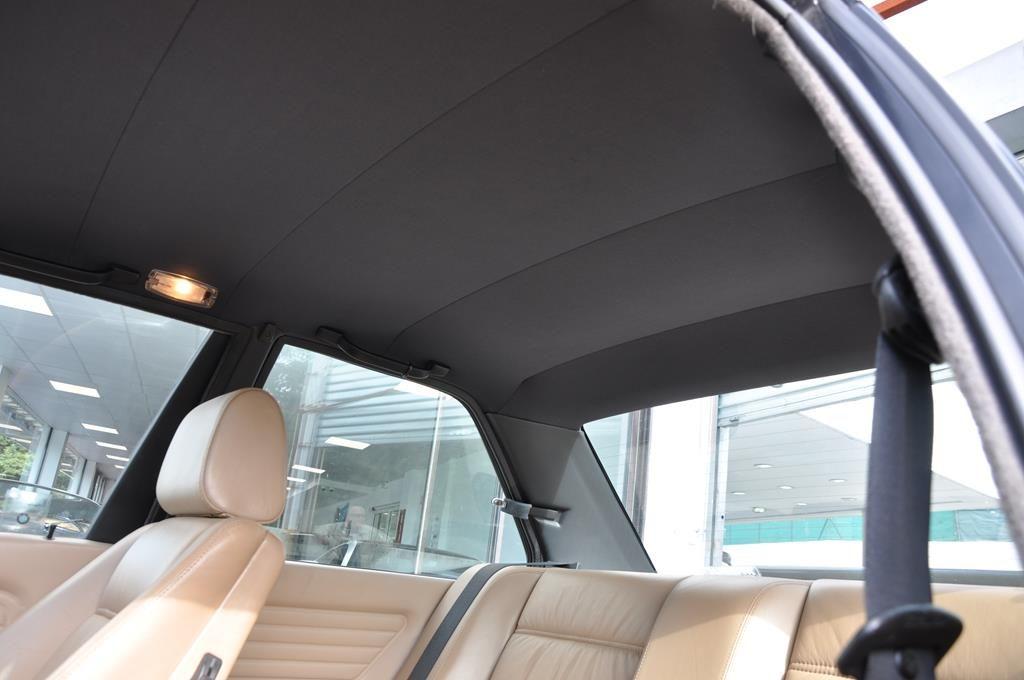 BMW M3 E30 Coupe Diamantschwarz Metallic - 17