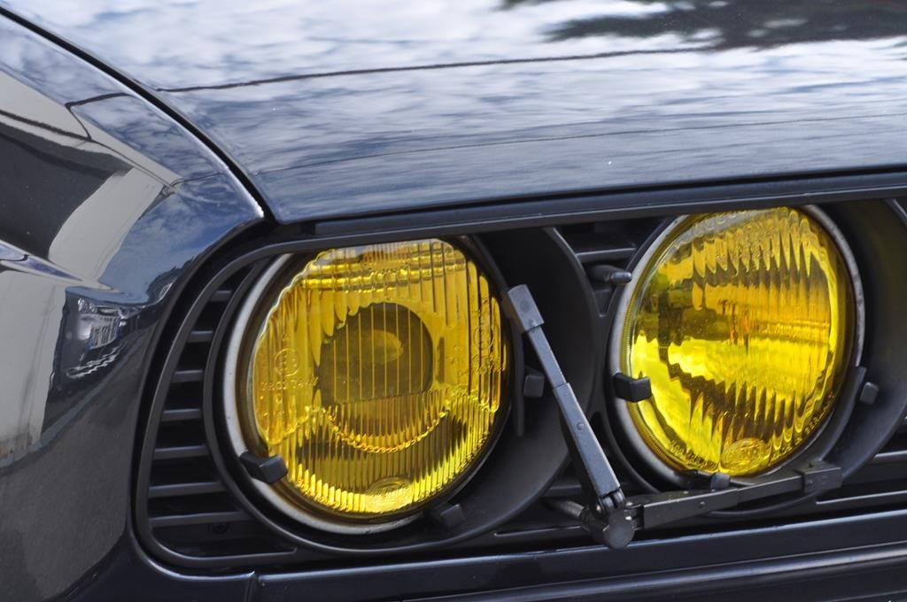 BMW M3 E30 Coupe Diamantschwarz Metallic - 28