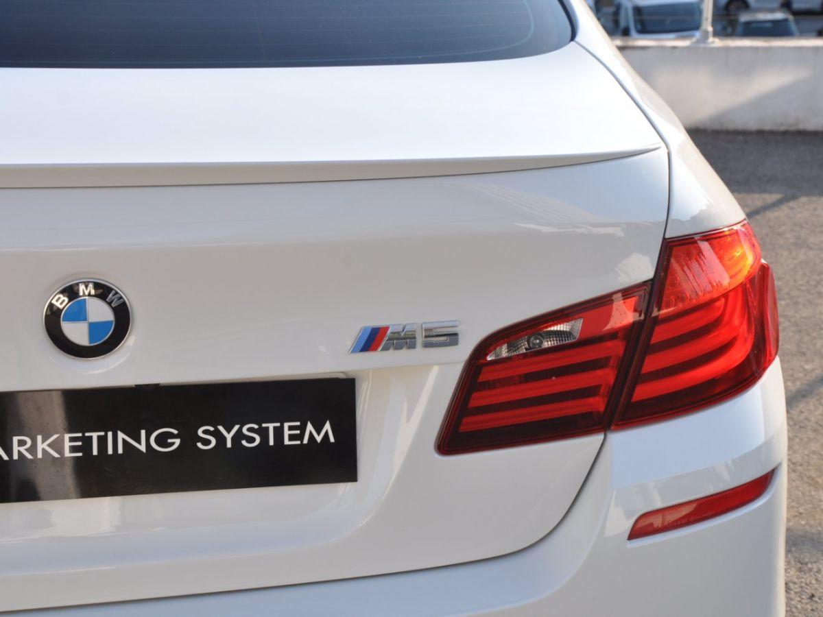 BMW M5 F10 M 560ch DKG7 Blanc - 8