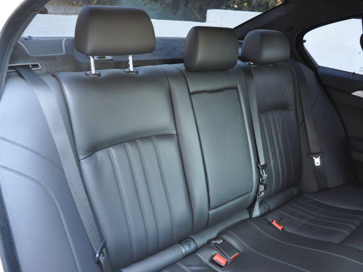BMW M5 F10 M 560ch DKG7 Blanc - 14