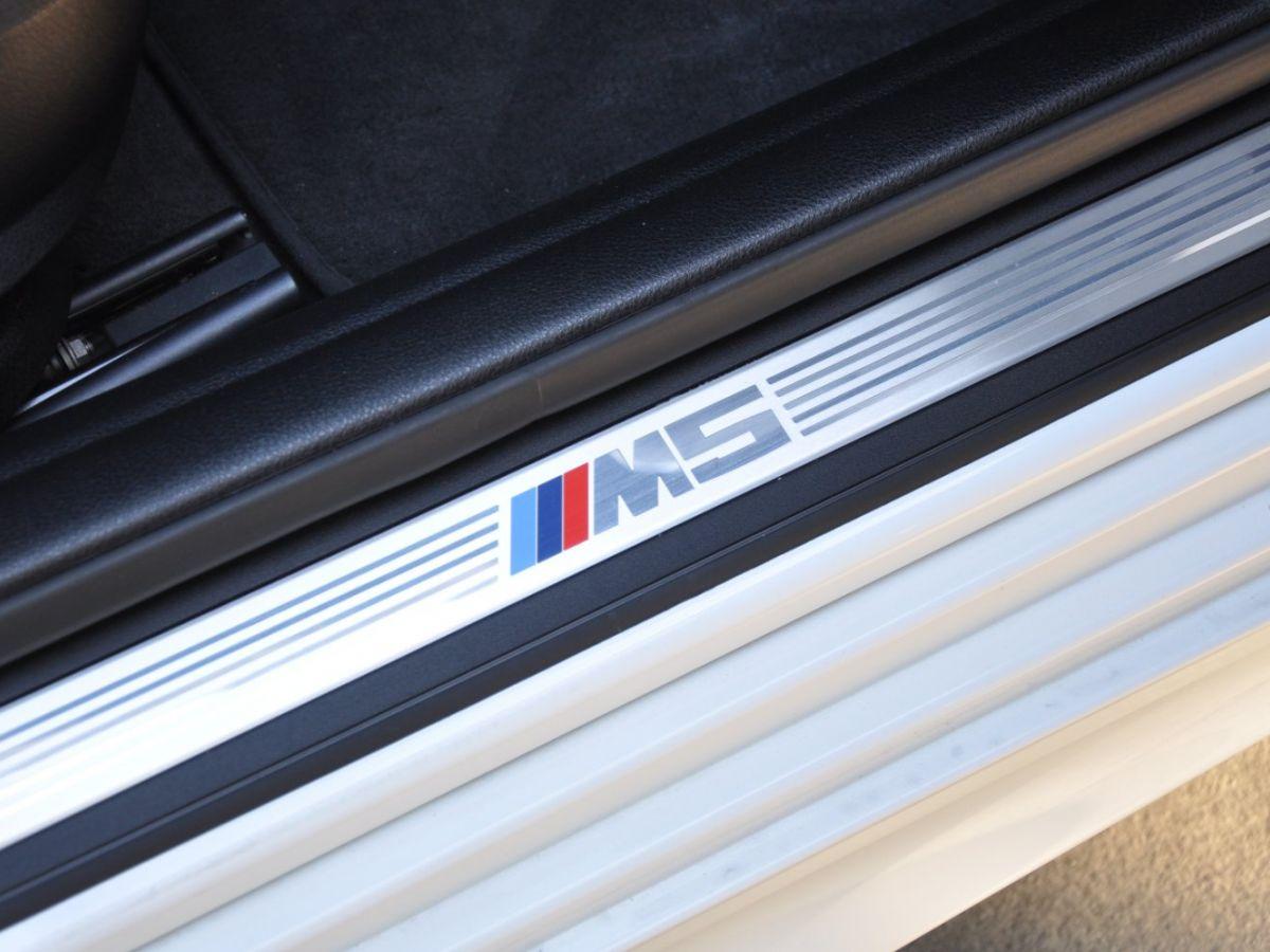 BMW M5 F10 M 560ch DKG7 Blanc - 18