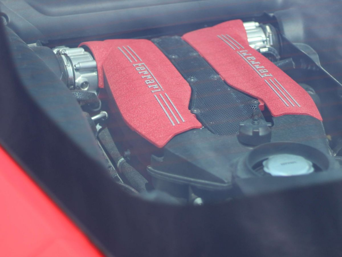 Ferrari 488 GTB GTB TAILOR MADE 70TH EDITION LE CASTELLET 670ch Rouge - 40