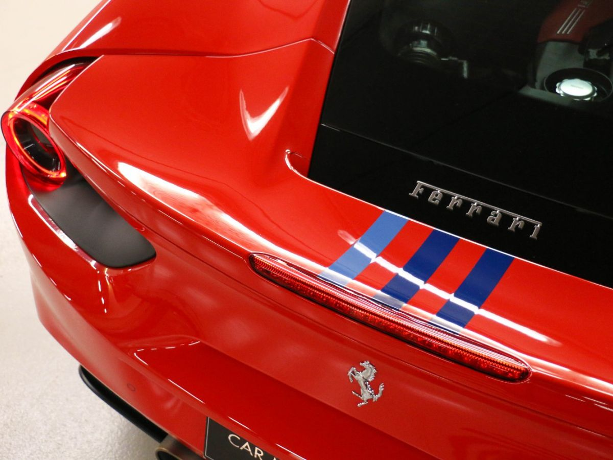 Ferrari 488 GTB TAILOR MADE 70TH EDITION LE CASTELLET Rouge - 25