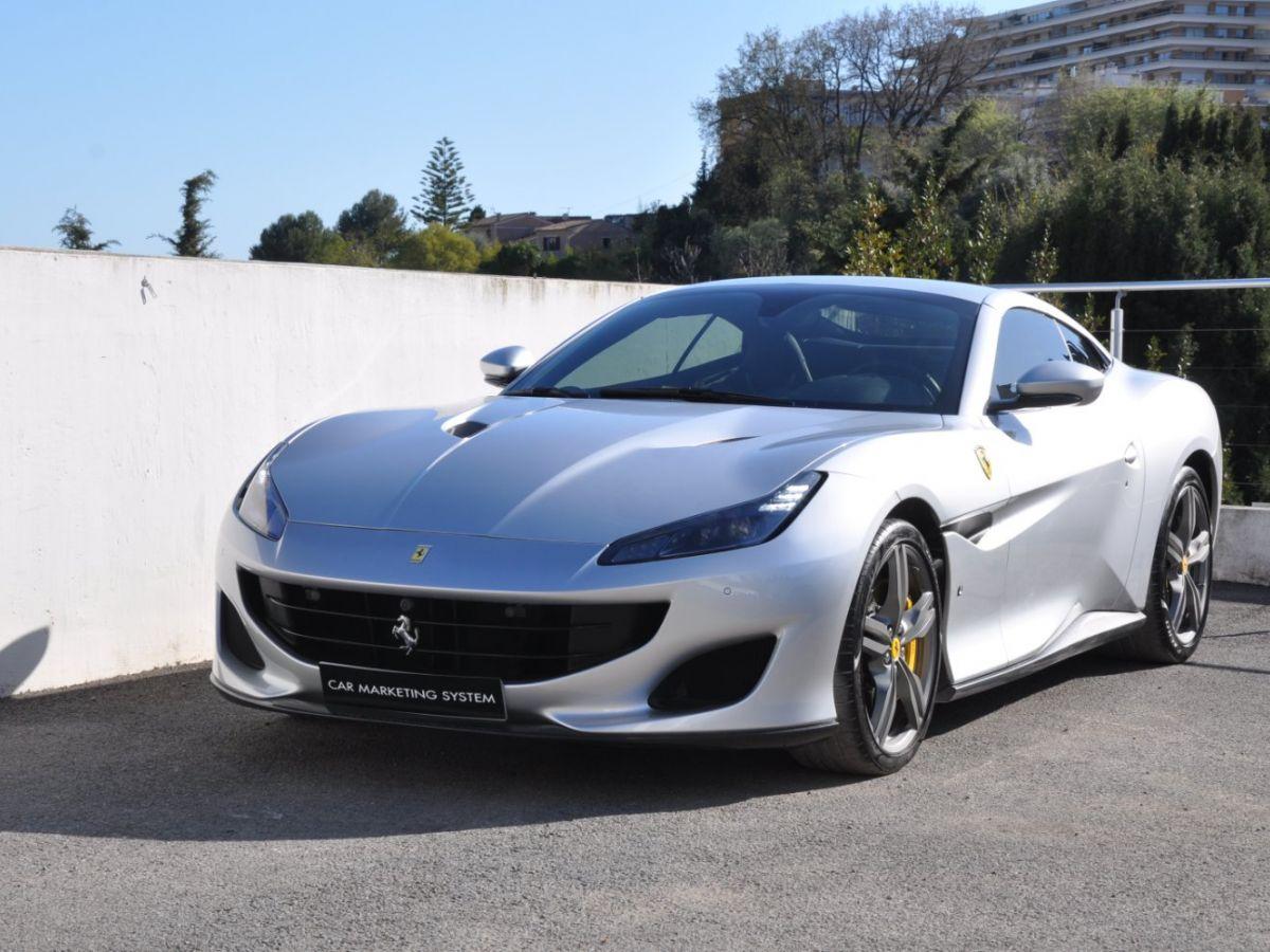 Ferrari Portofino 3.9 V8 T 600CH Gris Clair - 4