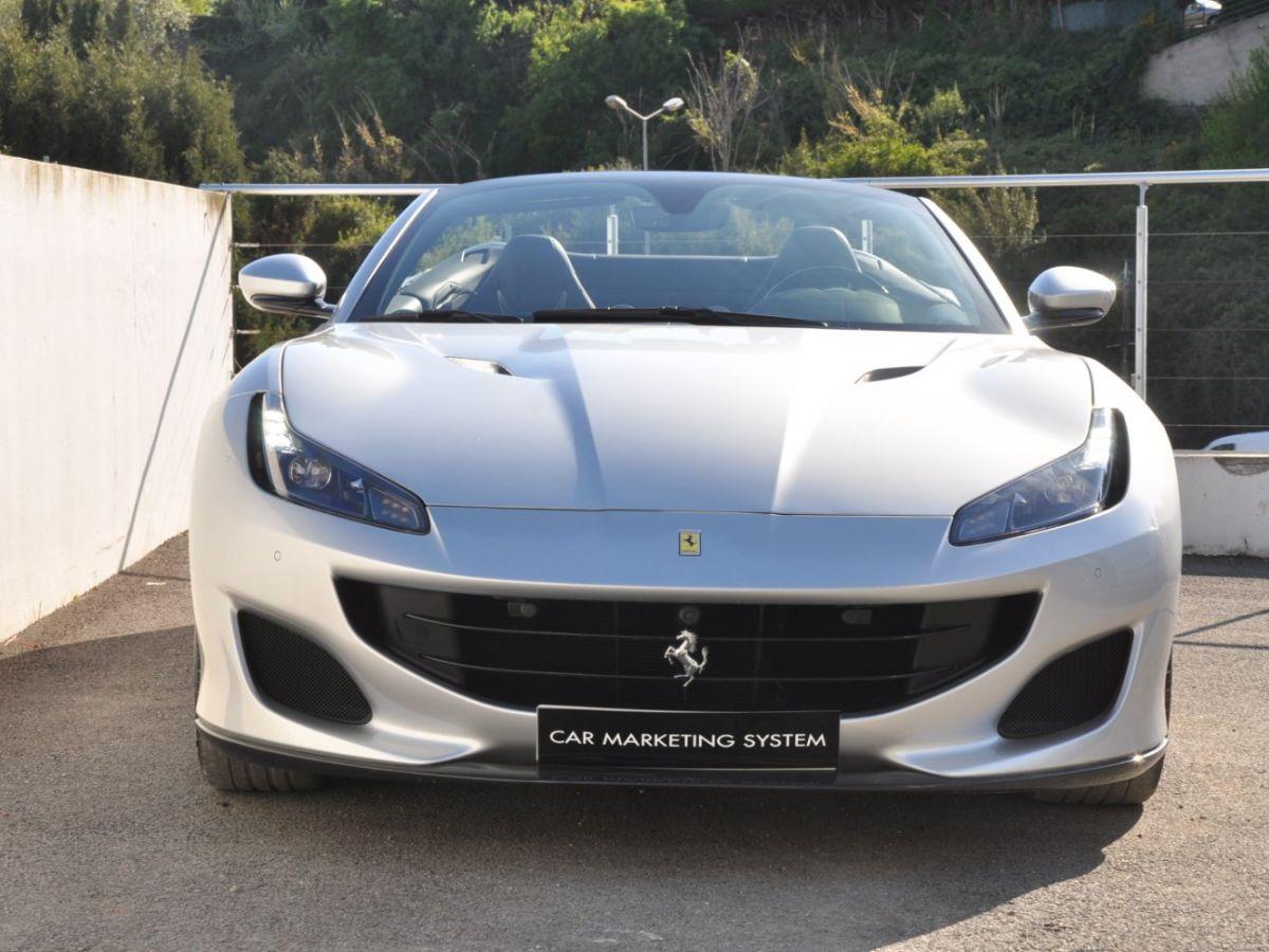 Ferrari Portofino 3.9 V8 T 600CH Gris Clair - 2