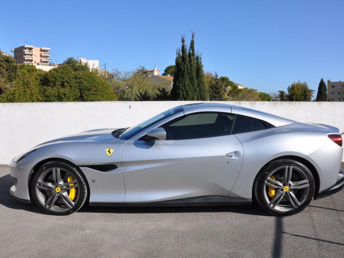 Ferrari Portofino 3.9 V8 T 600CH Gris Clair - 5