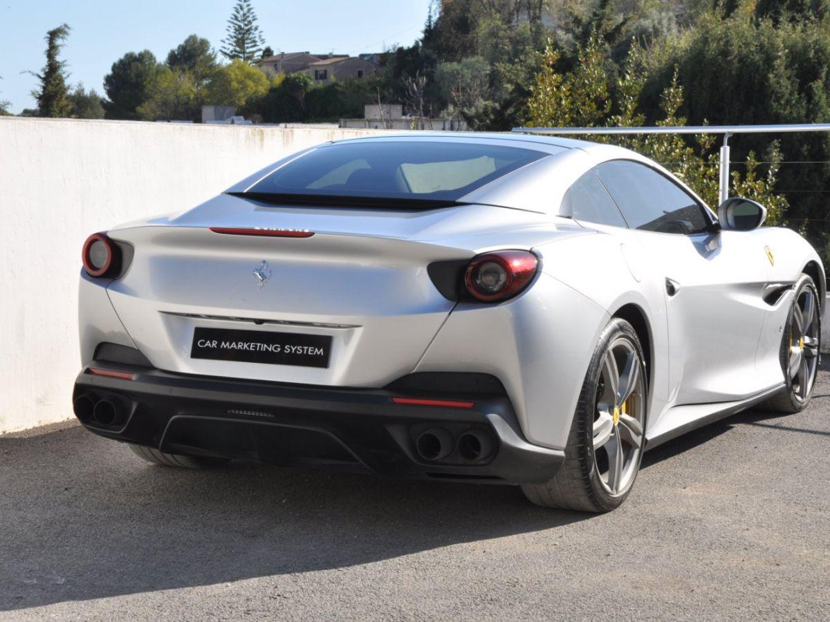 Ferrari Portofino 3.9 V8 T 600CH Gris Clair - 8