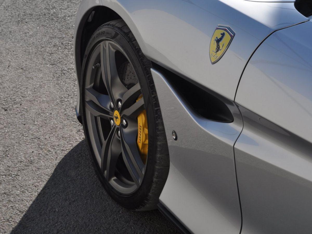 Ferrari Portofino 3.9 V8 T 600CH Gris Clair - 18