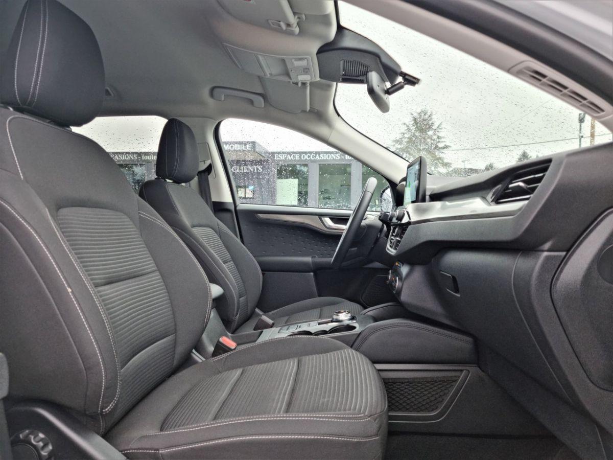 Ford Kuga 1.5 TDCi 120ch Stop&Start Titanium 4x2 Powershift BLANC - 16
