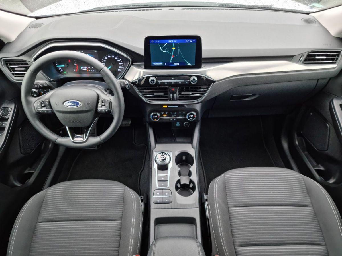 Ford Kuga 1.5 TDCi 120ch Stop&Start Titanium 4x2 Powershift BLANC - 17