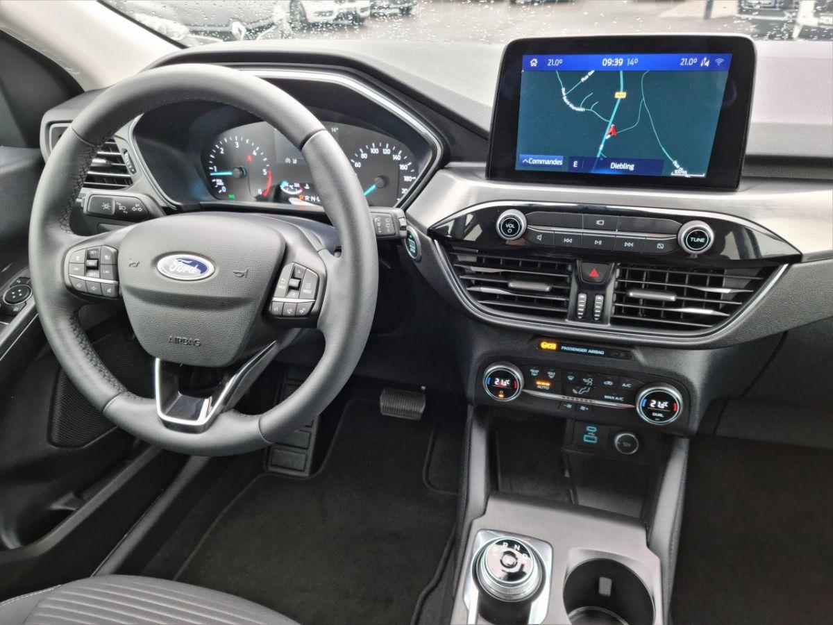 Ford Kuga 1.5 TDCi 120ch Stop&Start Titanium 4x2 Powershift BLANC - 26