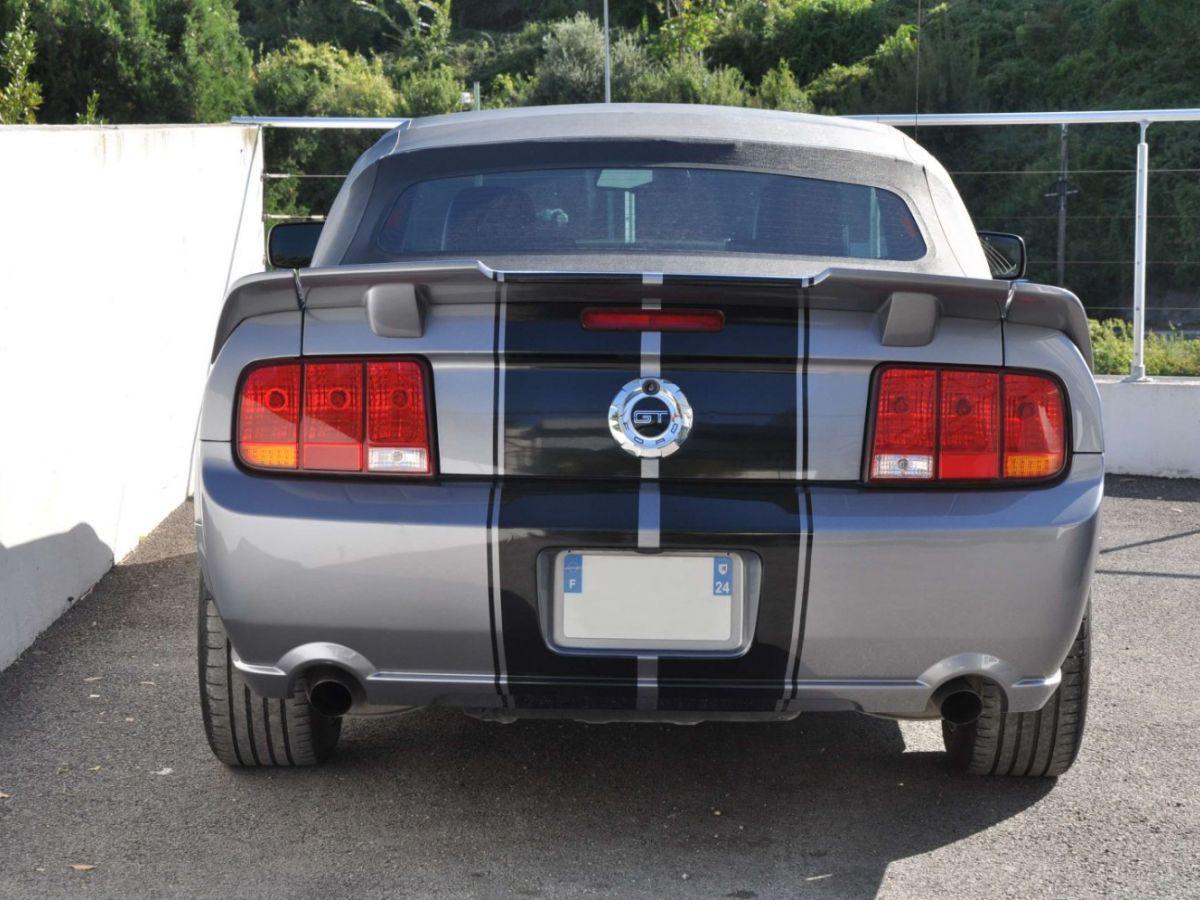 Ford Mustang 4.6 V8 Cabriolet Gris Foncé - 4