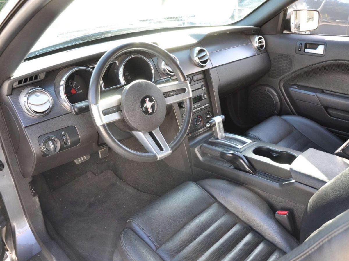 Ford Mustang 4.6 V8 Cabriolet Gris Foncé - 16