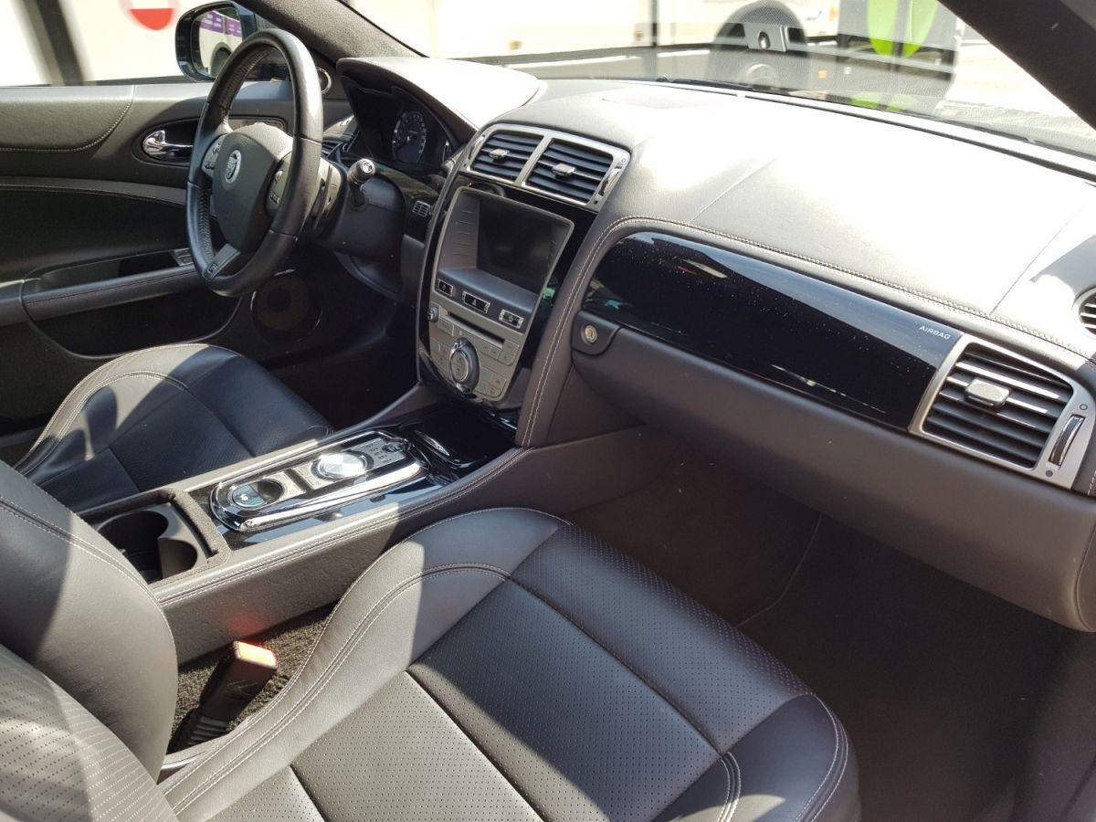 Jaguar XKR COUPE R 5.0 V8 530 édition 75e Anniversaire Gris Foncé - 24