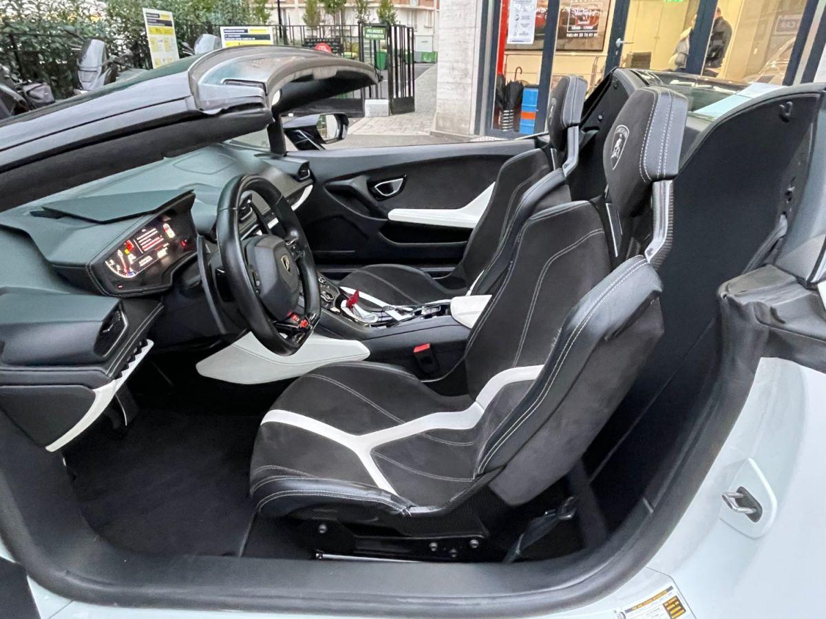 Lamborghini Huracan SPYDER LP 610-4 Blanc - 12