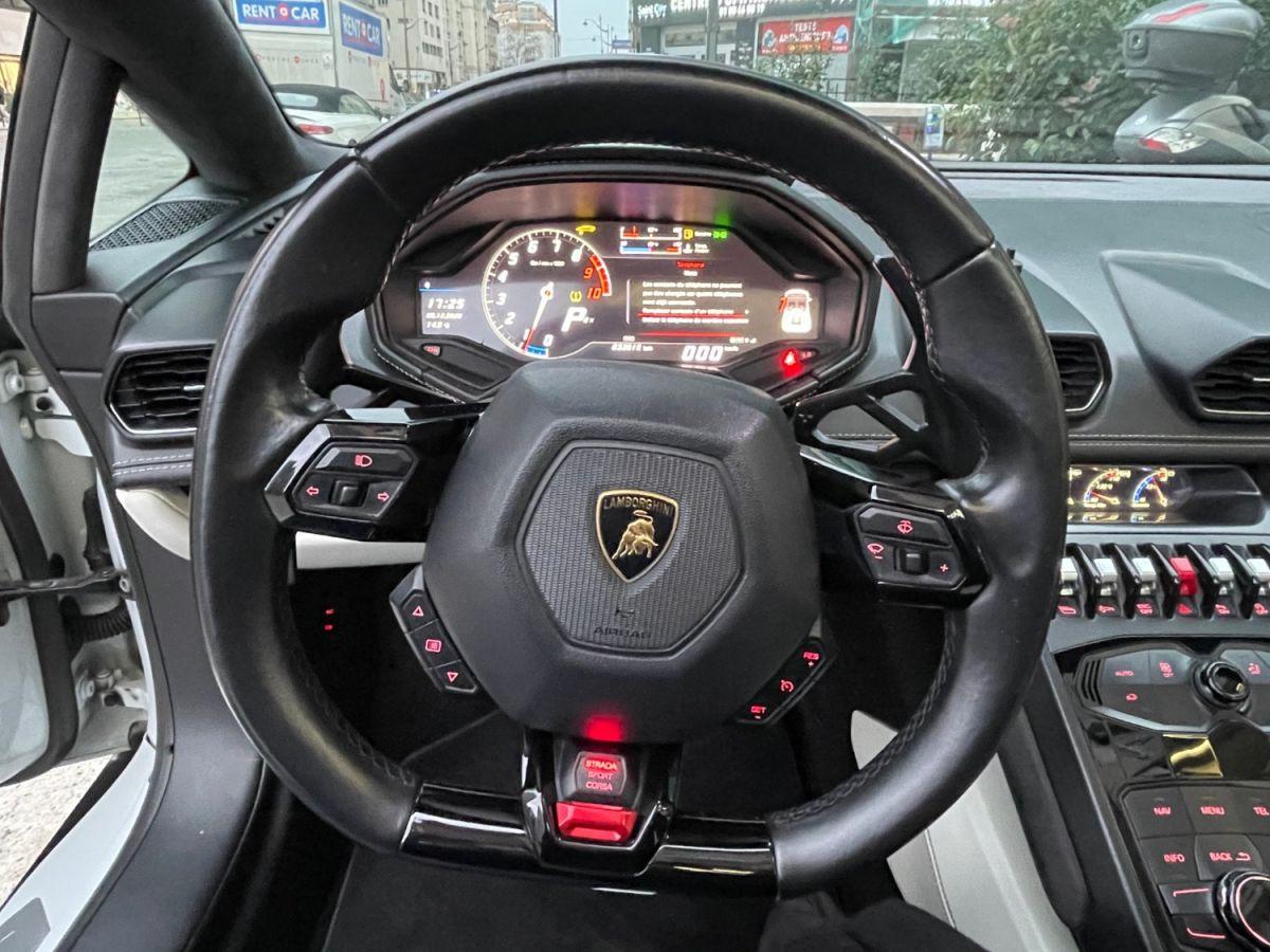Lamborghini Huracan SPYDER LP 610-4 Blanc - 17