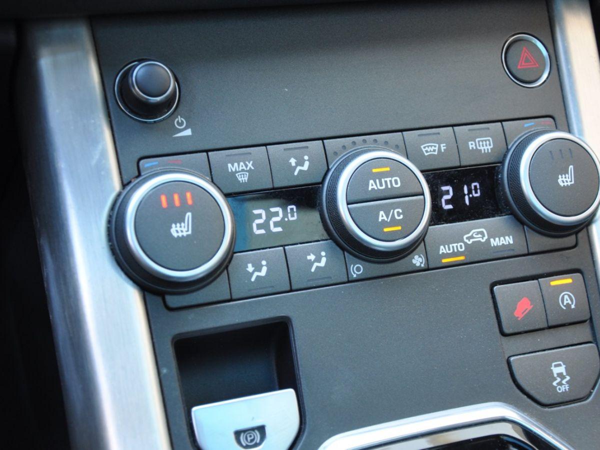 Land Rover Range Rover Evoque TD4 180 HSE Noir - 16