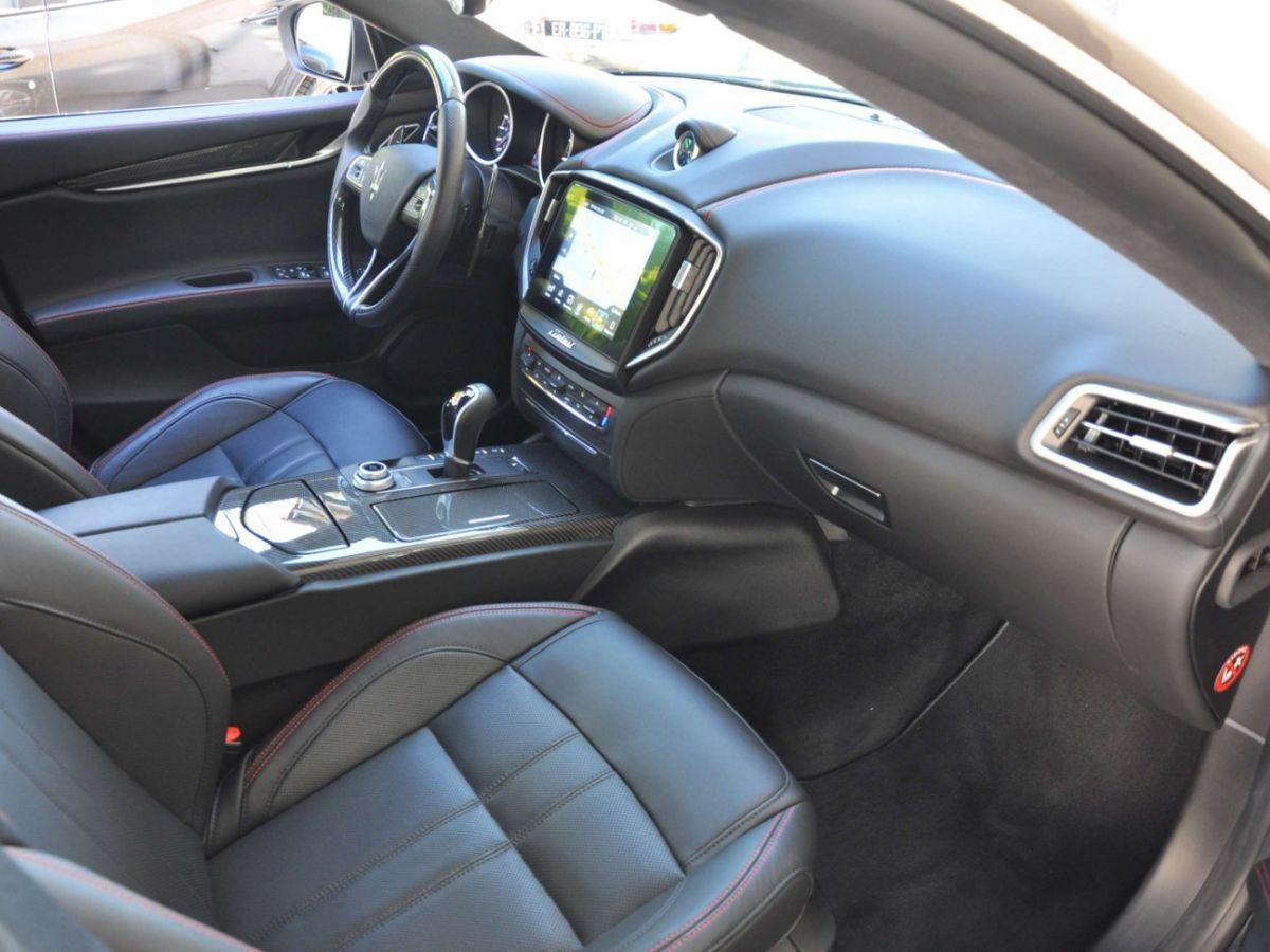 Maserati Ghibli SQ4 410CV Noir - 12