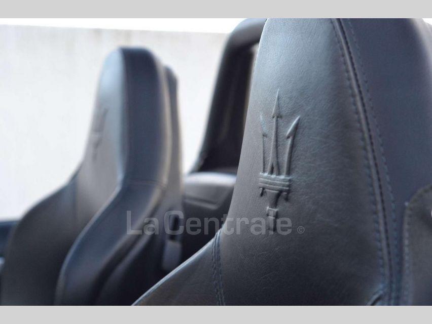 Maserati Gransport 4.2 V8 400 BVA Noir - 6