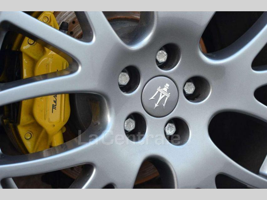 Maserati Gransport 4.2 V8 400 BVA Noir - 25