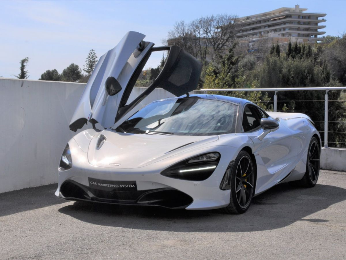 McLaren 720S 4.0 V8 Performance Gris Clair - 1