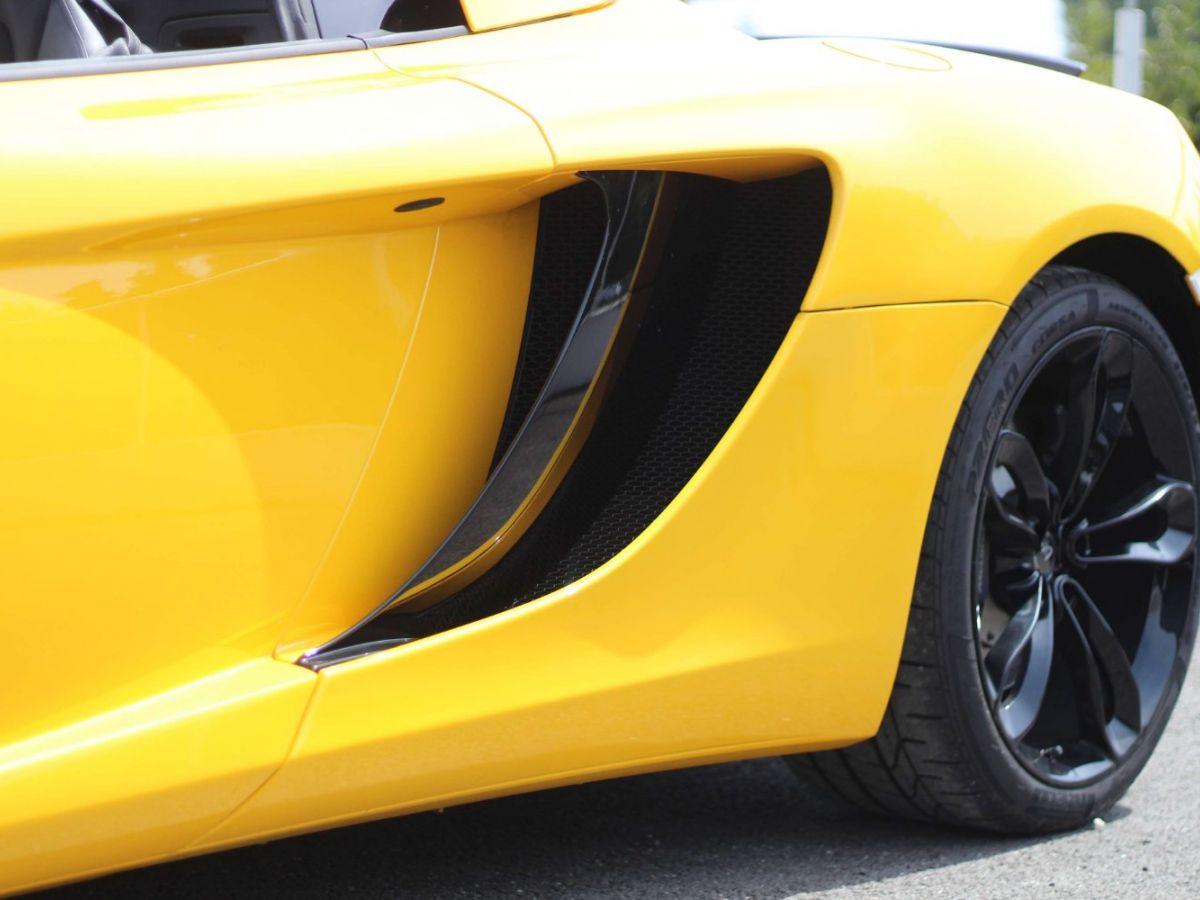 McLaren MP4-12C SPIDER 3.8 V8 TWIN-TURBO 625 Jaune - 14