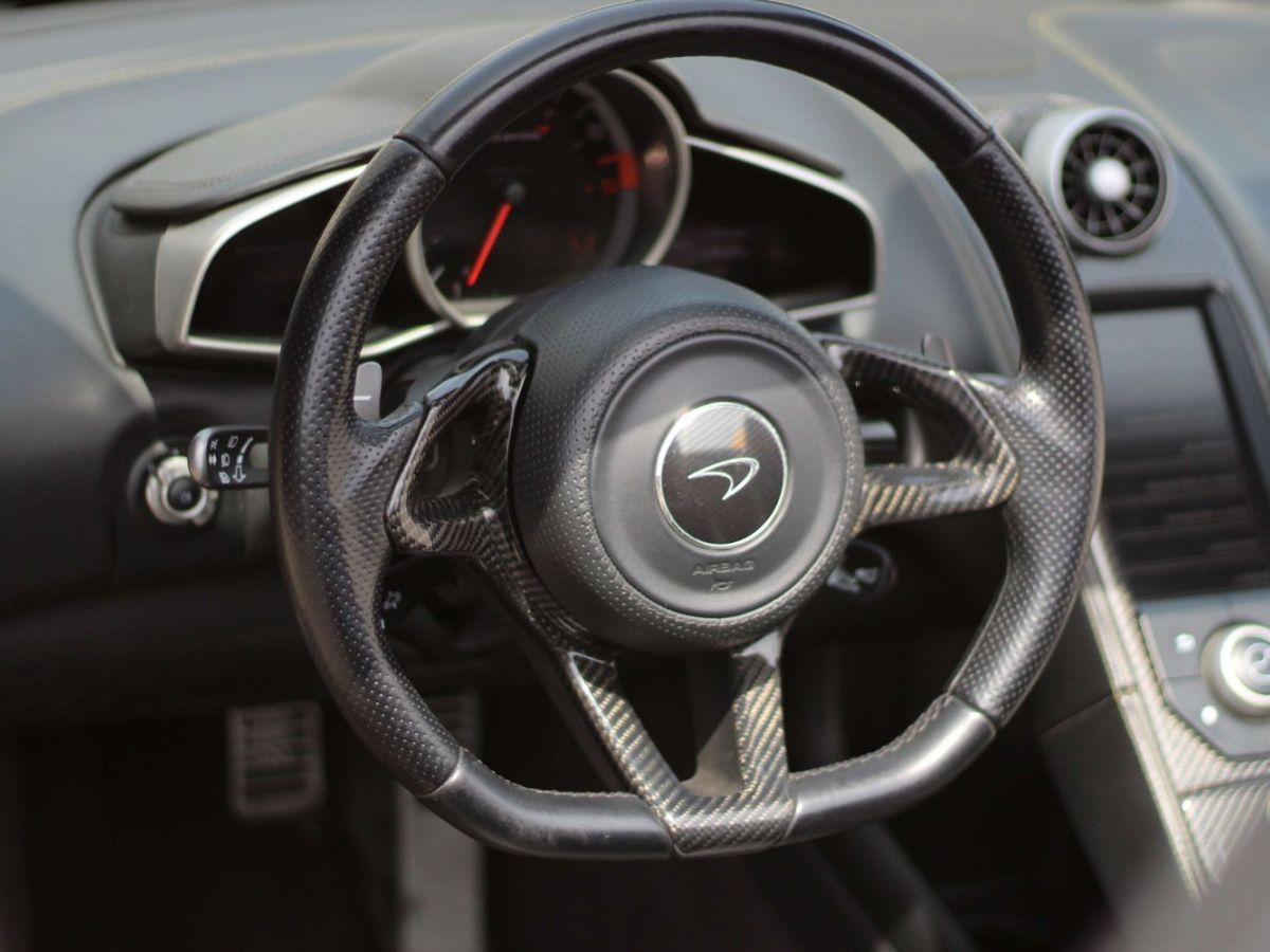 McLaren MP4-12C SPIDER 3.8 V8 TWIN-TURBO 625 Jaune - 18