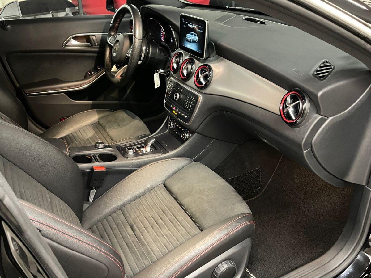 Mercedes CLA Shooting Brake MERCEDES CLA SHOOTING BRAKE 45 AMG 381 4MATIC 7G-DCT Noir Métallisé - 24