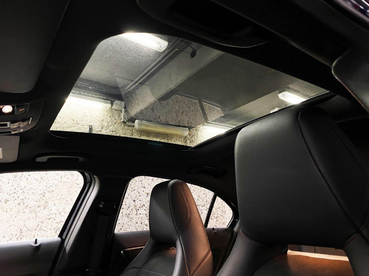 Mercedes Classe A 45 Mercedes-AMG Speedshift DCT 4Matic Bleu Foncé Métallisé - 26