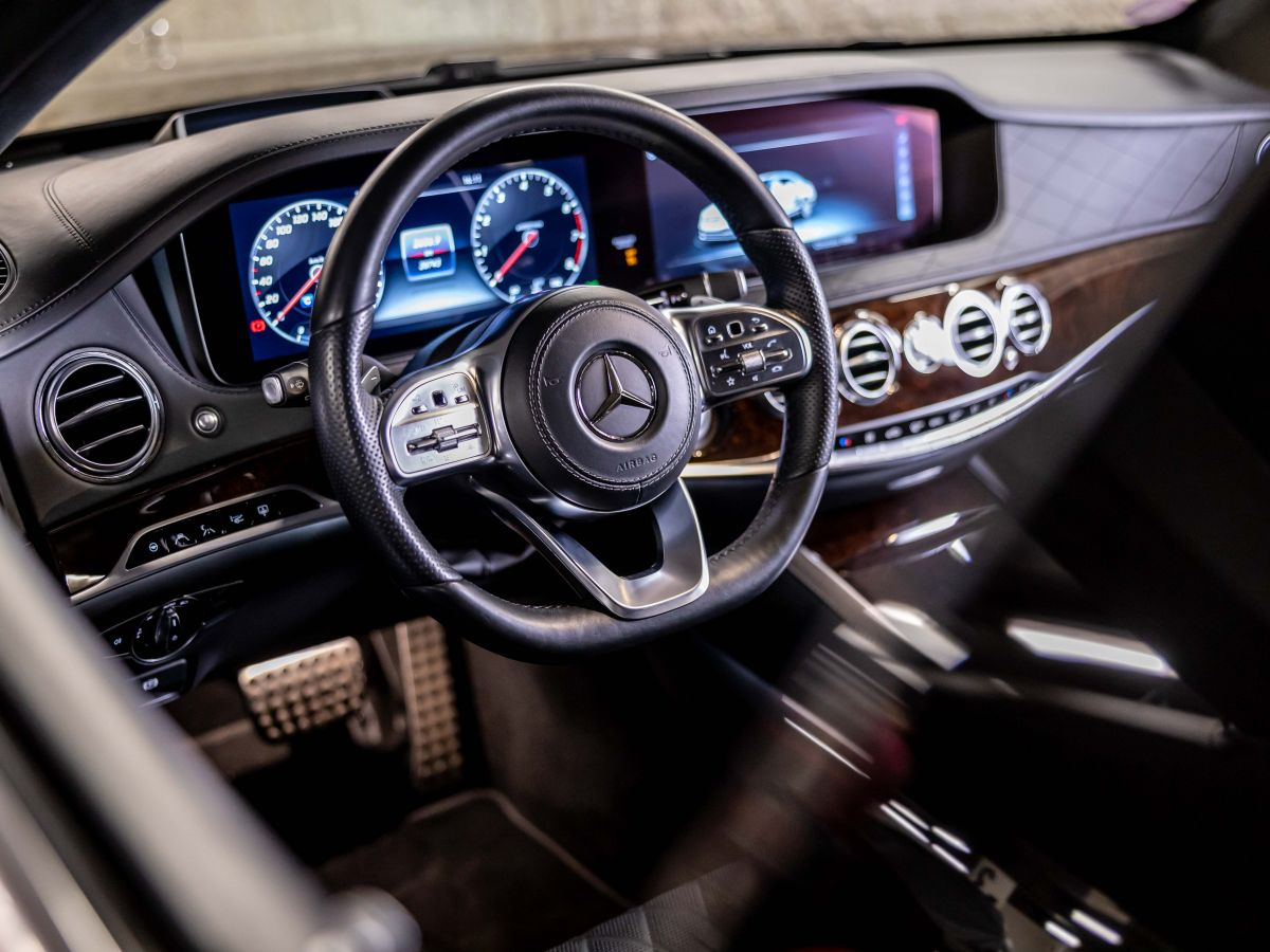 Mercedes Classe S VII (2) 560 FASCINATION 4MATIC 9G-TRONIC Noir Métallisé - 17
