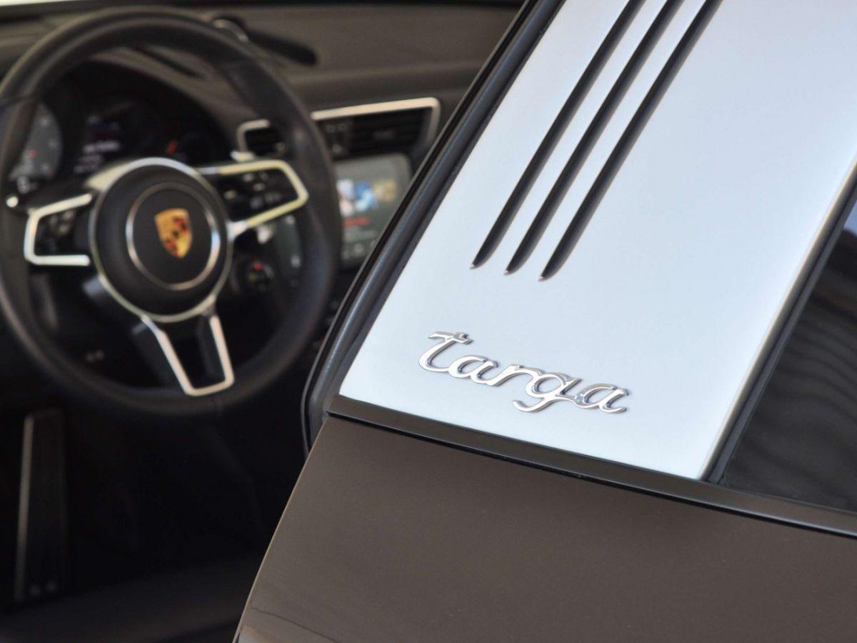 Porsche 911 991 (2) 3.0 TARGA 4S 420CH Noir - 34