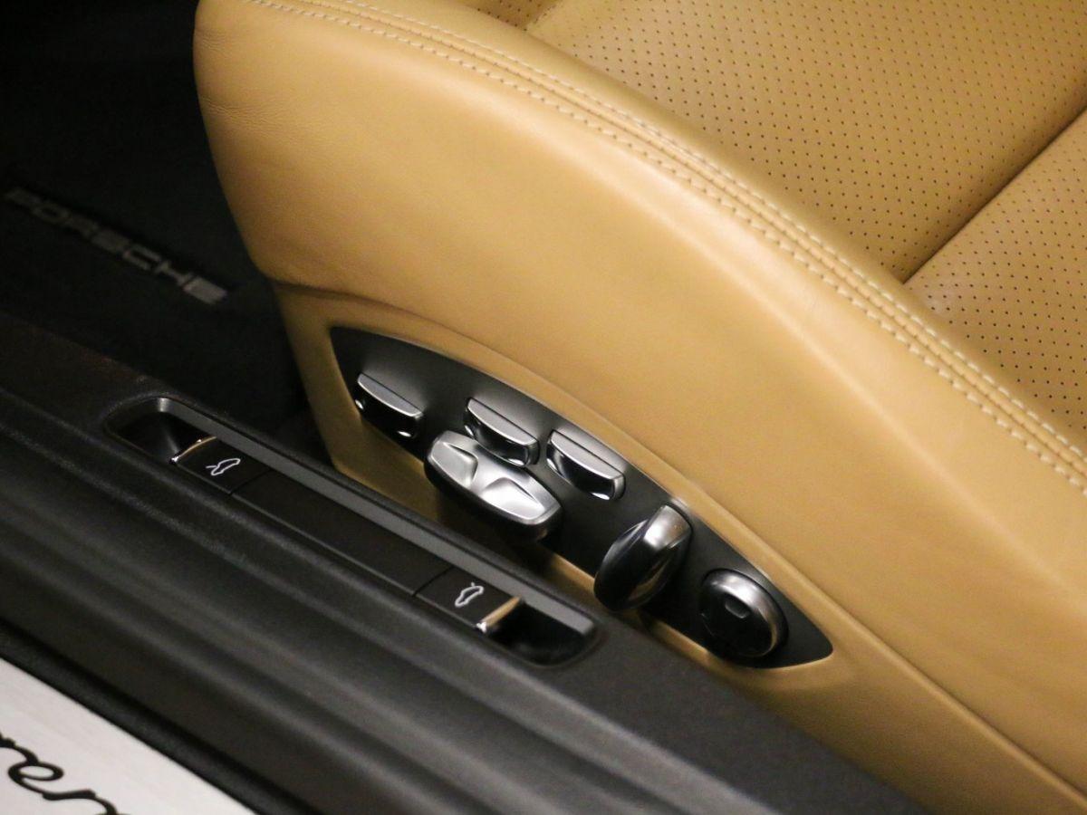 Porsche 911 PORSCHE 911 (991) (2) CABRIOLET 3.0 450 CARRERA GTS PDK Gris Métallisé - 36