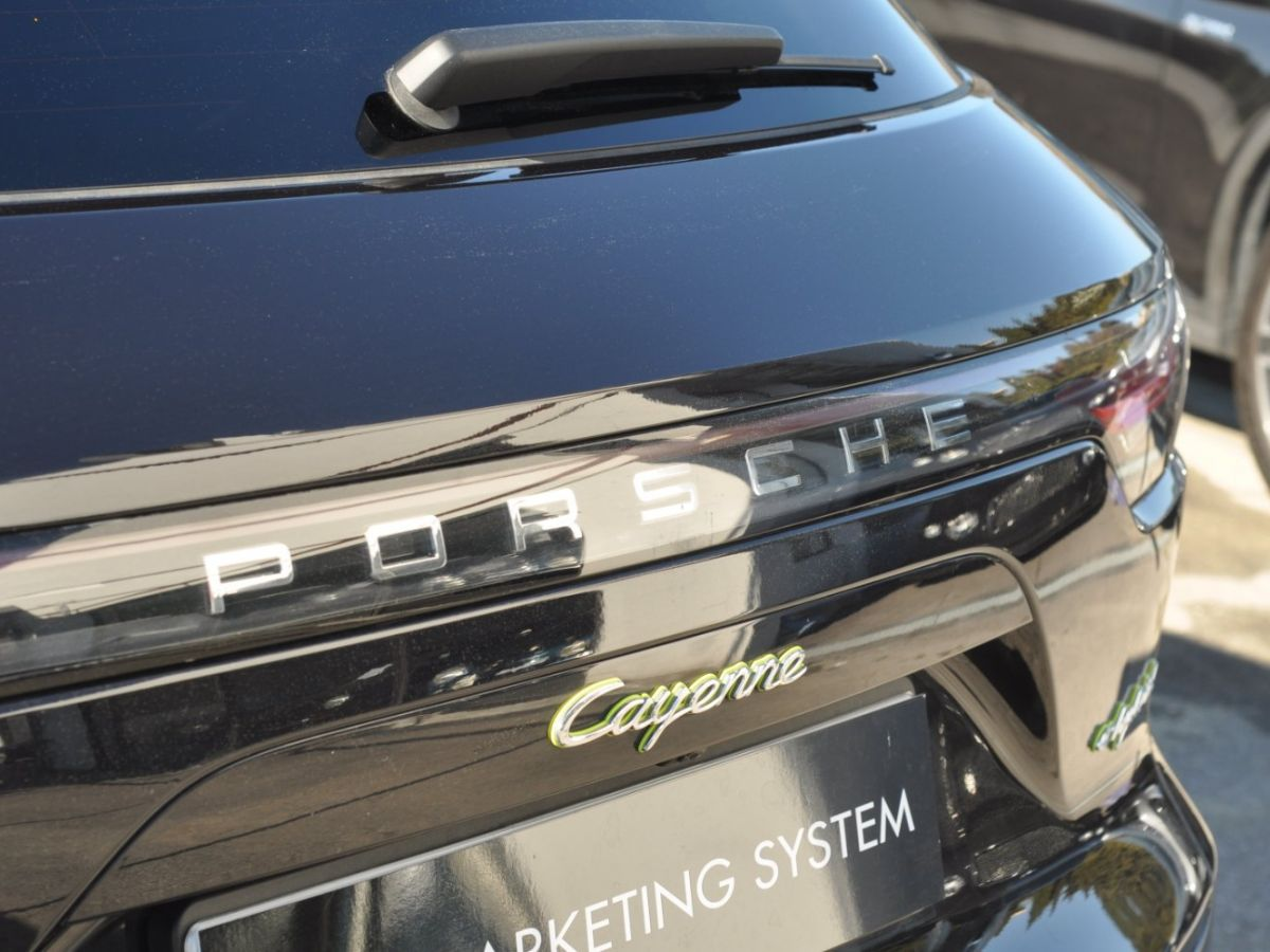 Porsche Cayenne 3.0 V6 E-HYBRID 462CH Noir - 15