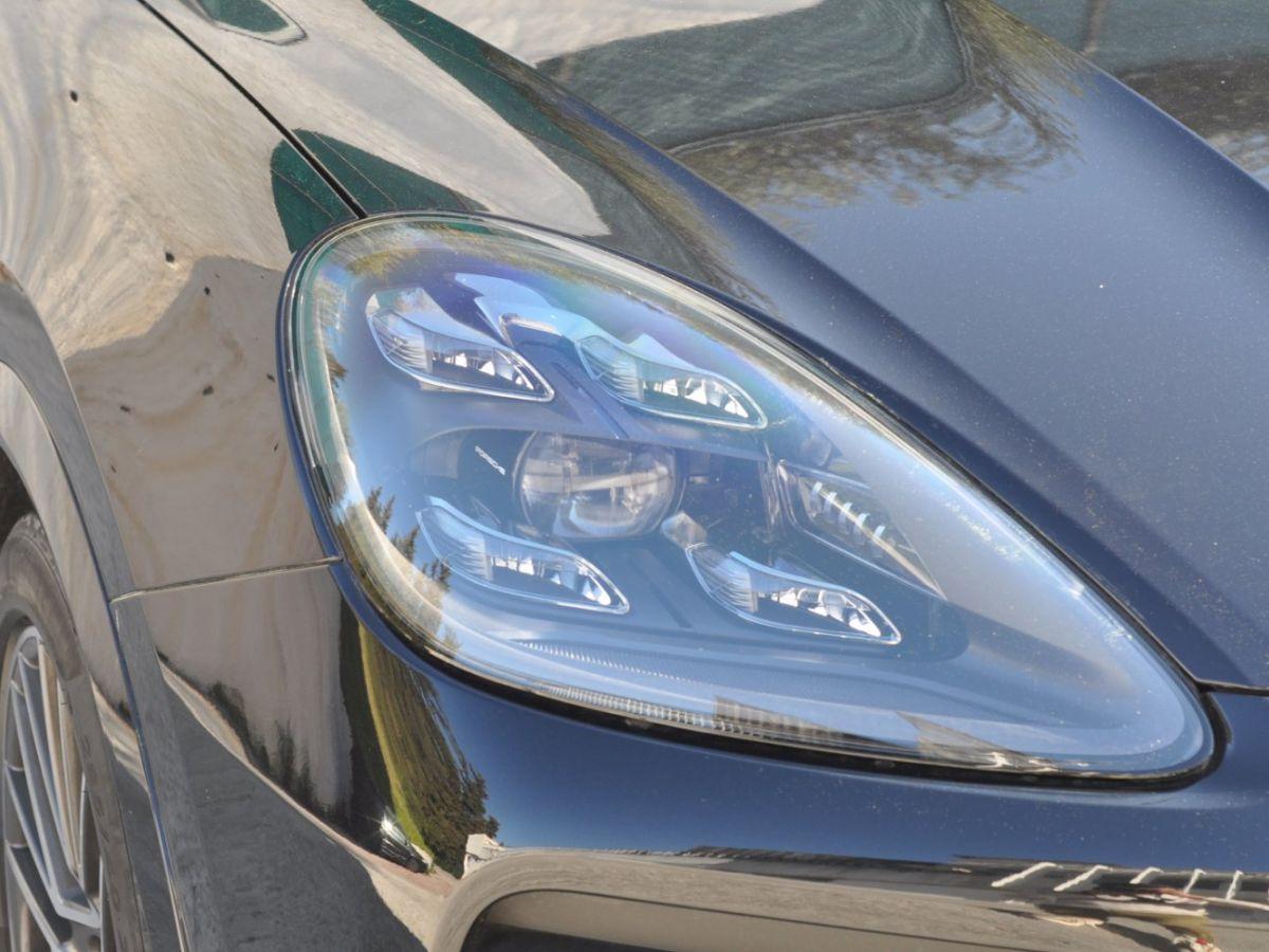 Porsche Cayenne 3.0 V6 E-HYBRID 462CH Noir - 32