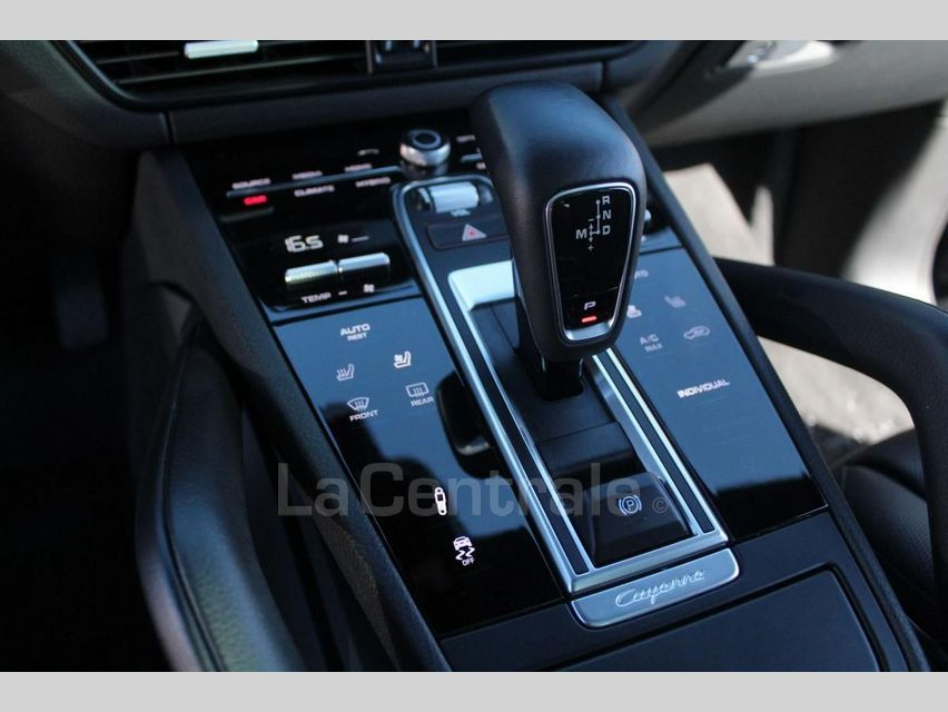 Porsche Cayenne 3 III 3.0 E-HYBRID Noir - 23